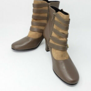 Aerasole Leather Zip Up Boots Sz 8M Women's Shoes